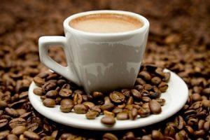 Uống cà phê trước khi đi ngủ