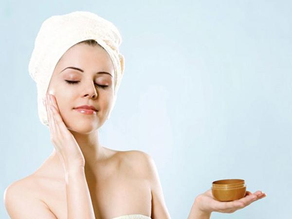 Một số lưu ý khi dùng mặt nạ dưỡng da vào ban đêm