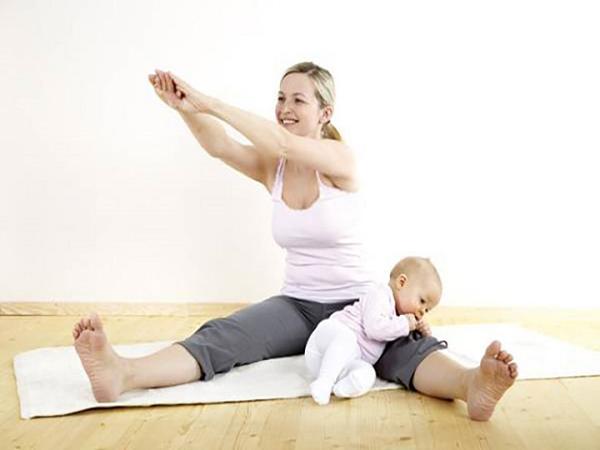 Tập luyện mỗi ngày - cách giảm cân hiệu quả cho bà mẹ sau sinh