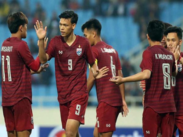 Thái Lan thắng đậm Brunei, đứng đầu bảng thay Việt Nam