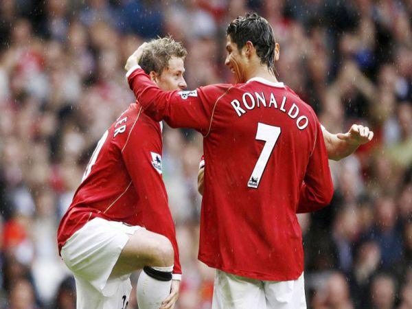 Solskjaer khen hết lời, muốn Ronaldo trở lại MU,