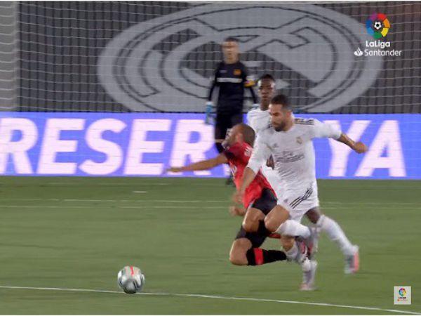 VAR đã giúp Real lên đỉnh La Liga như thế nào