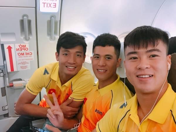 Bóng đá Việt Nam 4/8: Đình Trọng, Duy Mạnh nhận chỉ thị từ Hà Nội FC