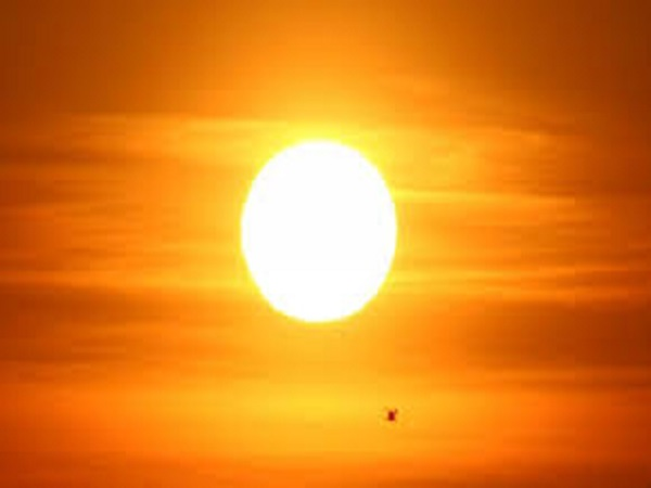 Mơ thấy mặt trời có điềm báo gì? đánh con số nào?