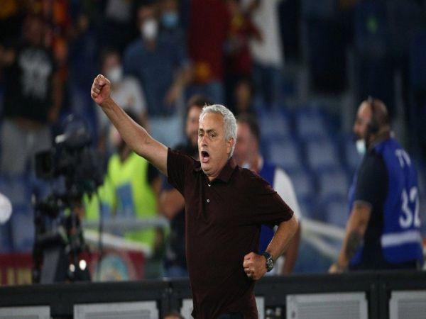 Bóng đá QT chiều 13/9: Mourinho giành chiến thắng ở trận thứ 1000